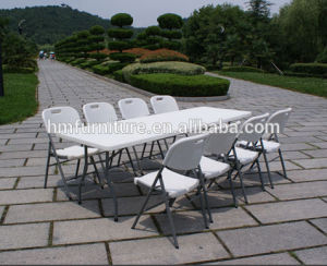 6FT Plastic Folding in Half Table Wholesale Price