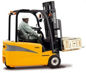 Three-Wheel Electric Forklift 1.3-2.0ton pictures & photos