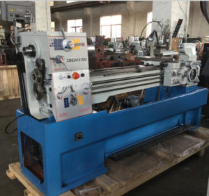 Cm6241 Large Sized Big Bore High Precision Heavy Duty Metal Lathe pictures & photos