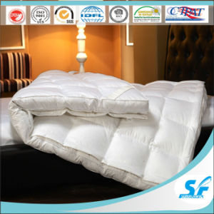 High Quality Double Layer Firm and Softr Duck Down Feather Mattress Pad pictures & photos