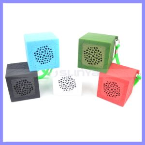 Portable Silicone Square Waterproof Shockproof TF Card Sport Mini Novelty Wireless Bluetooth Speakers MP3 MP4 Shower Speaker pictures & photos
