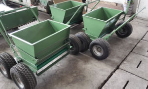 Sand/Rubber Spreader pictures & photos