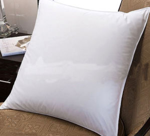 High Quality And Microfiber Throw Pillow Inserts