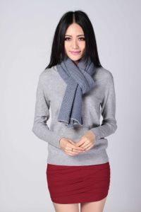 Semi-Worsted Cashmere Scarf for Women with Herringbone Partten pictures & photos