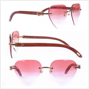 Kiss Sunglasses Fashion Wood Sunglasses with Heart Shape Lenses pictures & photos