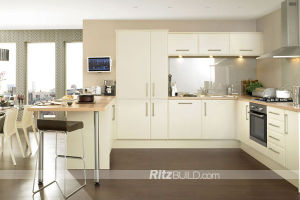 Customized American Style White Color Laquer Kitchen Cabinet