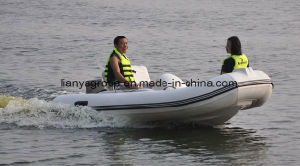 Liya 11FT Inflatable Rigid Boat Rib Boat Ce pictures & photos