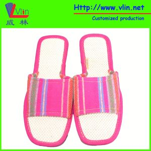 EVA Women′s Slippers with Simulated Straw Sole