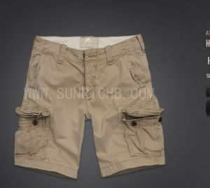 Bermuda Shorts (S04007) pictures & photos