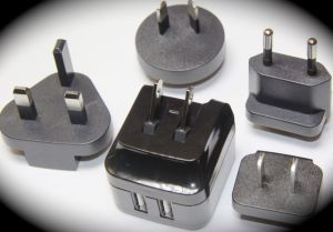 9W Power Adaptor with 2 USB Output pictures & photos