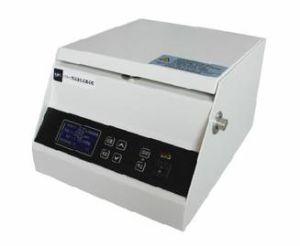 Medical / Clinical / Laboratory/ Desktop/ Portable / Small Capacity / Blood High-Speed Centrifuge pictures & photos