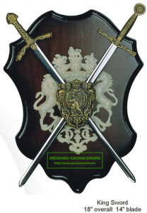 King Swords on Plaque Decorative Swords Mini Swords9575056 pictures & photos