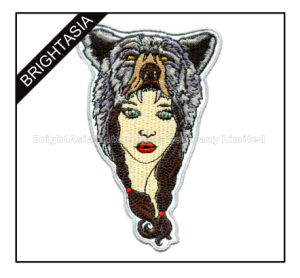 Wholesale Promotion Embroidery Patch for Clothing with Felt Background (BYH-1007) pictures & photos