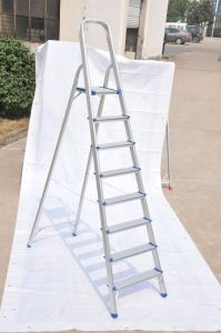Household Aluminum Ladder (8 Steps) pictures & photos