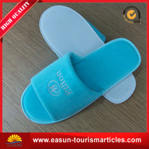 Airline Slipper with Customs Logo & White Color pictures & photos