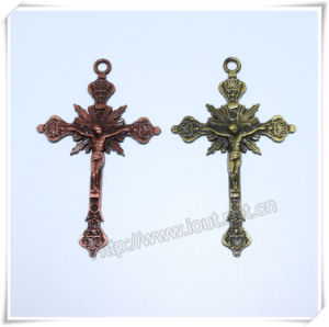 Religious Fashional Alloy Decorative Small Cross Charms (IO-ap191) pictures & photos