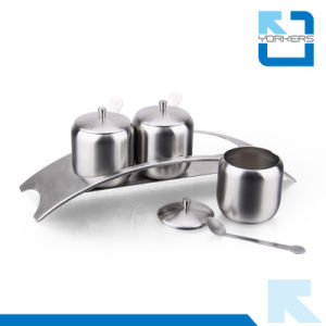 Hot Selling 3 Pieces Plate Cut Stainless Steel Condiment Bottles Salt Pepper Jar pictures & photos