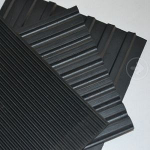 Garage And Workshop Rubber Floor Mat With Different Ribbed Patterns