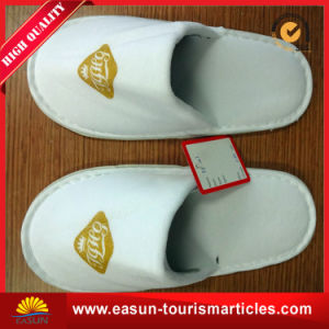 Wholesale Women Winter Folding Travel Terry Slippers for Hotel and Airline pictures & photos