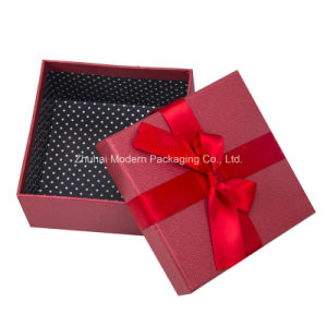 Small Gift Box Customized Paper Box for Candy pictures & photos