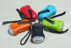 Colorful 3 LED Solar Rechargeable Hand Crank Torch Dynamo Emergency Flashlight (1211) pictures & photos