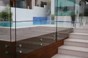 Glass Fence with Stainless Steel Bolts Staircase Railing Design pictures & photos