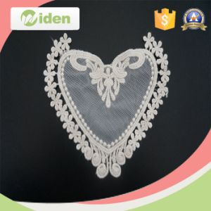 Garment Accessories Love Heart Pattern Floral Embroidery Patch pictures & photos