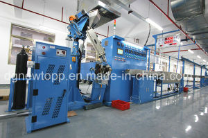 Skin-Foam-Skin Triple-Layer Co-Extrusion Physical Foaming Cable Extruder Machine pictures & photos