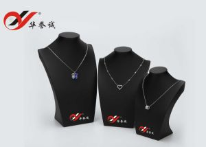 Black PU Leather Set of 3 jewelry Necklace Stand Display pictures & photos