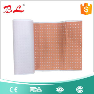 Zinc Oxide Plaster Perforated, Surgical Perforated Plaster, Adhesive Plaster pictures & photos