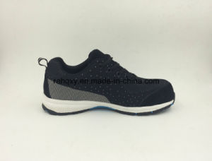 Strong Fabric Flyknit Wear Resisting Soft with Toe Protection Safety Shoes (16039) pictures & photos