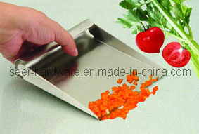Stainless Steel Food Scoop/Measuring Scoop/Bench Scrape Shovel/Food Shovel (SE2404) pictures & photos