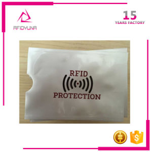 Low Price Aluminum Foil RFID Blocking Credit Card Protector Sleeve pictures & photos