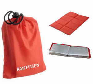 8 Panel Red Stadium Foldable Seat Cushion pictures & photos