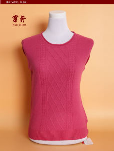 Girl′s Yak Wool/Cashmere Round Neck Pullover Sweater/Garment/Knitwear/Clothes pictures & photos