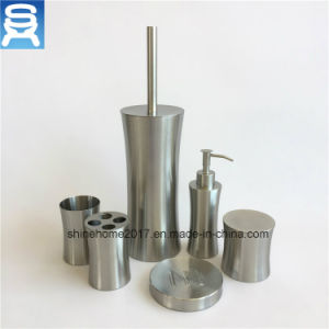 Hotel or Home Usage Nikel Plated Metal Bathroom Set Accessory/Bathroom Accessory pictures & photos