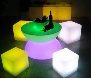 Modern Design Super Bright Glowing Light LED Bar Table RGB Plastic Light Up  LED Cocktail Table
