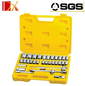 32PCS 50BV30 (Cr-V) Socket and Ratchet Wrench Set