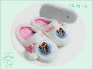 Frozen Cartoon Winter Pretty Children Slippers Shoes pictures & photos