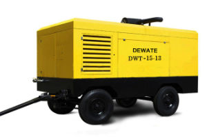Portable Diesel Screw Air Compressor Used in Highway (DWT-15/13) pictures & photos