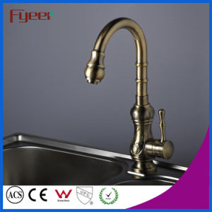 Fyeer Single Handle Antique Brass Kitchen Sink Faucet (QH1705) pictures & photos