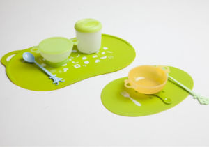 Baby to Eat Mat-2 PCS One Set-Silicone pictures & photos