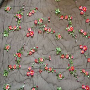 China New Fashion Flowers Embroidery Lace Fabric For Lady S Dresses