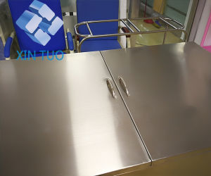 Factory Direct Price Large Storage Space Food Delivery Trolley pictures & photos