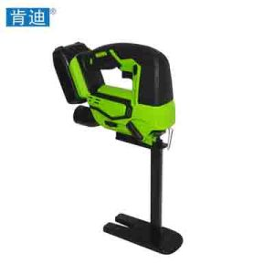 Cordless Foam Rubber Saw