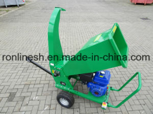 15HP Engine Powered Bio Wood Chipper/Bioshredder/Wood Chipper/Wood Shredder for Cutting Branches, Trunks, Bushes, Shrubs and Their Leaves, Twigs pictures & photos