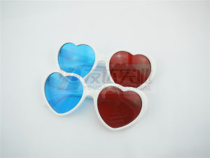 Heart Shaped 3D Party and Novelty Sunglasses (GGM-250) pictures & photos