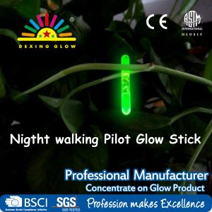 4cm Glow Light Sticks Night for Safe Walking, Glow in The Dark pictures & photos