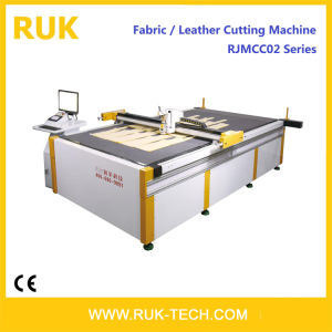 PVC Leather Cutting Machine in Shoes Industry (Sewing Flatbed Cutter Plotter CAD CAM Apparel Garment Fabric Footwear Foot Mats Handbag Luggage Furniture)