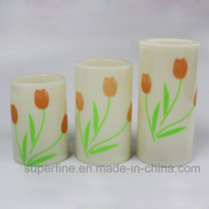 Customized Electronic Xmas Beautiful Ornamental Plastic Painting LED Pillar Candles pictures & photos